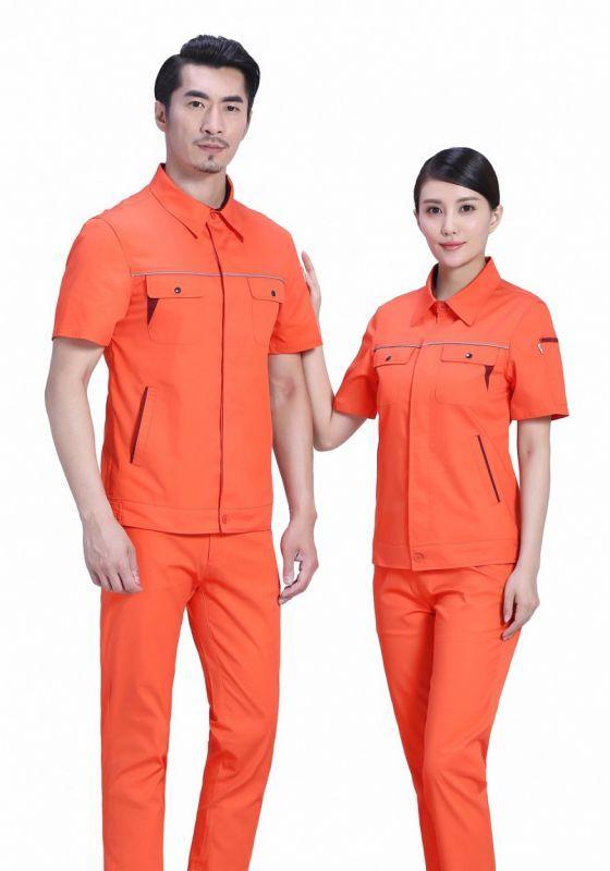 清洁工人使用洁净工作服的重要性